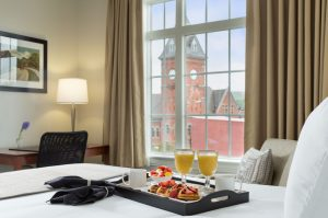 Hotel Anthracite breakfast in bed